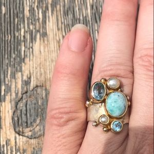 Jewelry - Gorgeous Blue topaz and pearl ring in sterling. 7